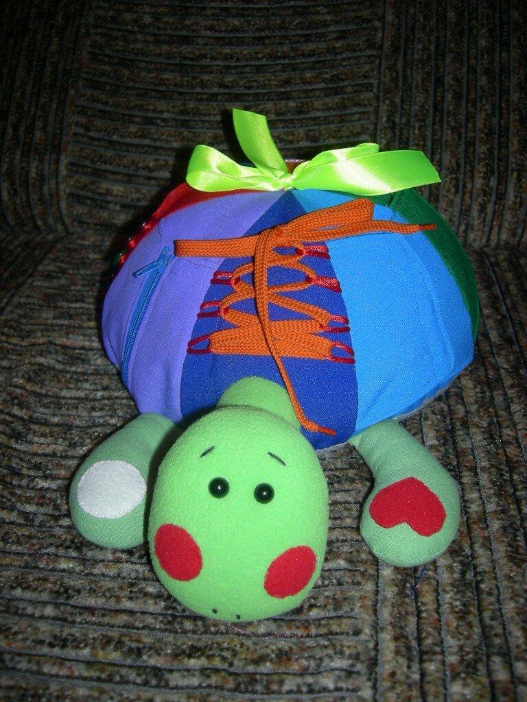 Развивающая игрушка своими руками - Черепаха Радуга