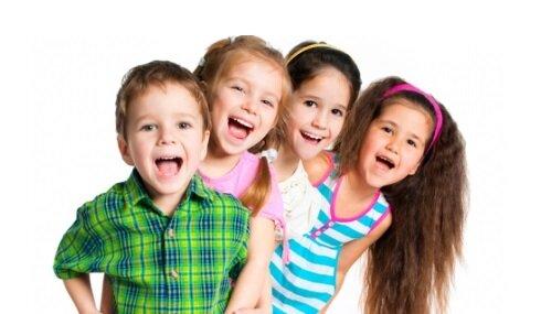 prazdniki-v-detskom-sadu-chto-podarit-malysham